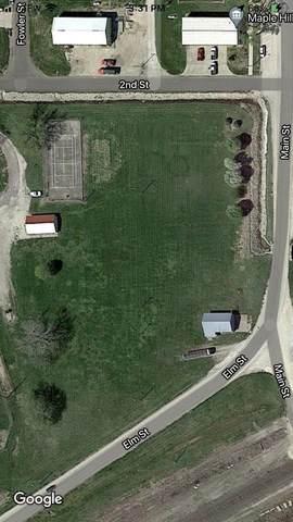 304 Main St, Maple Hill, KS 66507 (MLS #219227) :: Stone & Story Real Estate Group