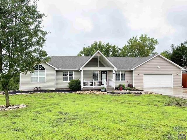 7453 Lakeview Rd, Meriden, KS 66512 (MLS #219386) :: Stone & Story Real Estate Group