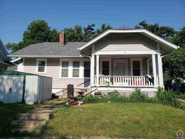 979 SW Lindenwood Ave, Topeka, KS 66606 (MLS #219669) :: Stone & Story Real Estate Group