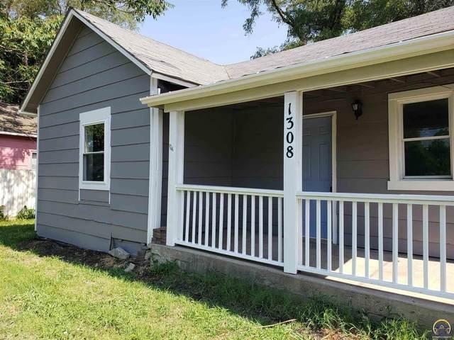 1308 SE 8th Ave, Topeka, KS 66607 (MLS #219963) :: Stone & Story Real Estate Group