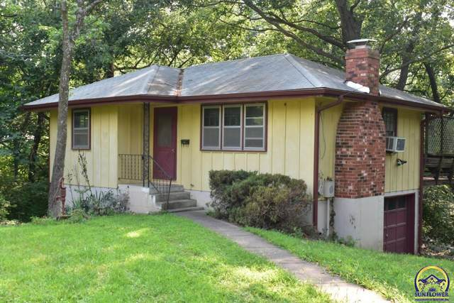 8491 Oak Point Rd, Ozawkie, KS 66070 (MLS #219994) :: Stone & Story Real Estate Group