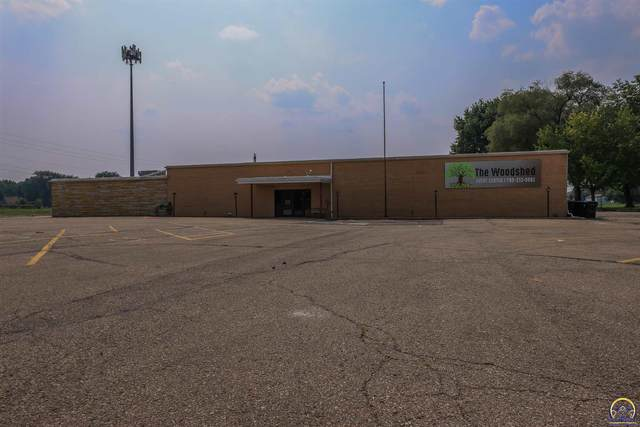 1901 N Kansas Ave, Topeka, KS 66608 (MLS #220007) :: Stone & Story Real Estate Group