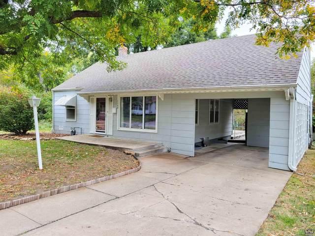 1108 SW Cambridge Ave, Topeka, KS 66604 (MLS #221379) :: Stone & Story Real Estate Group