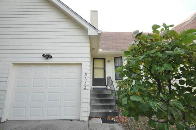 3633 SW Eveningside Dr, Topeka, KS 66614 (MLS #221390) :: Stone & Story Real Estate Group