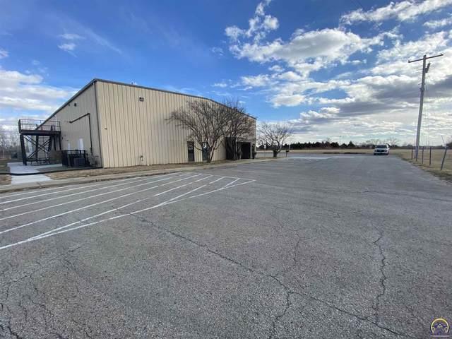 1100 SE Rice Rd, Topeka, KS 66607 (MLS #216577) :: Stone & Story Real Estate Group