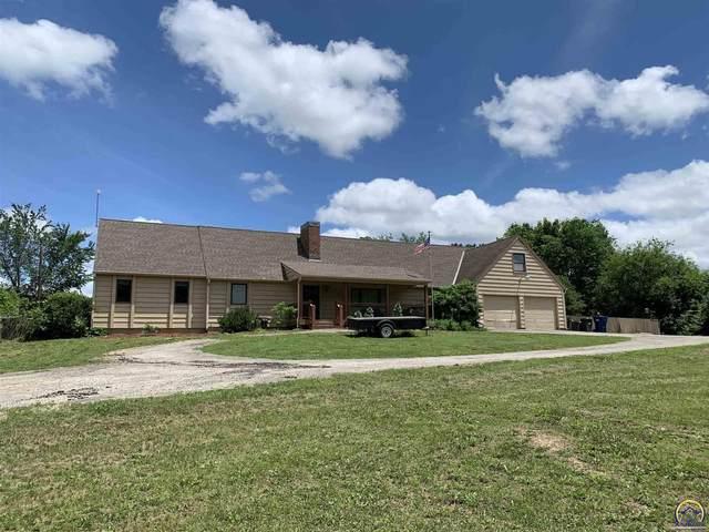 7050 SW Indian Hills Rd, Auburn, KS 66402 (MLS #218919) :: Stone & Story Real Estate Group