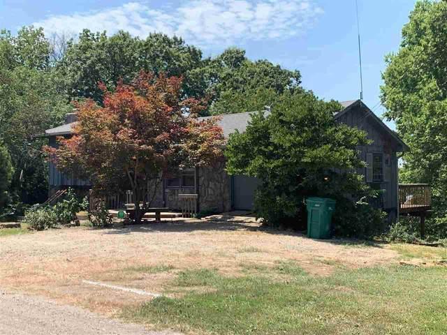 8939 Longview Dr, Ozawkie, KS 66070 (MLS #219968) :: Stone & Story Real Estate Group