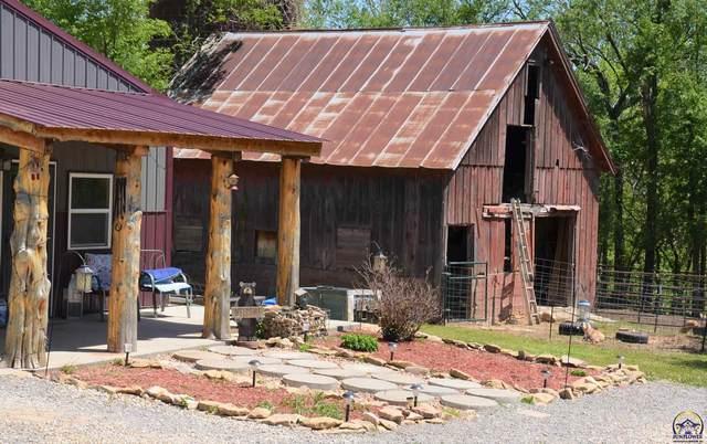 13758 S Ratner Rd, Carbondale, KS 66414 (MLS #218327) :: Stone & Story Real Estate Group