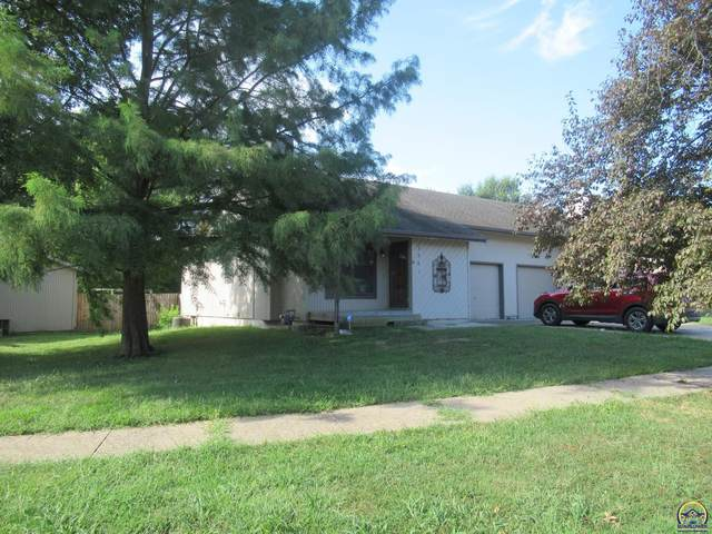 3561 SW Mission Ave, Topeka, KS 66614 (MLS #220491) :: Stone & Story Real Estate Group