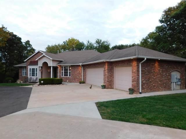 506 Jones, Lecompton, KS 66050 (MLS #221077) :: Stone & Story Real Estate Group