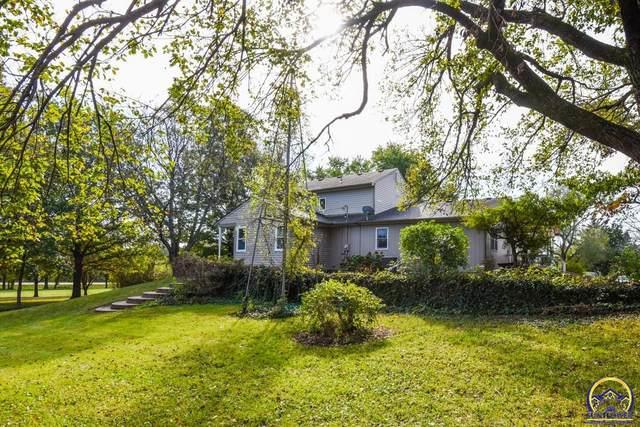 1087 E 1000 Rd, Lawrence, KS 66047 (MLS #220886) :: Stone & Story Real Estate Group