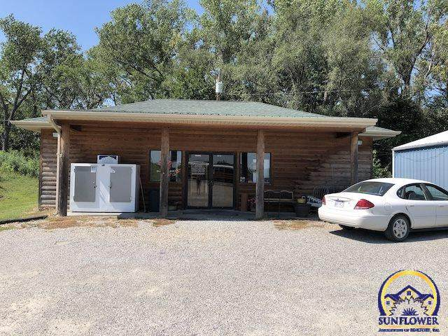 1414 K-4 Hwy, Valley Falls, KS 66088 (MLS #209503) :: Stone & Story Real Estate Group