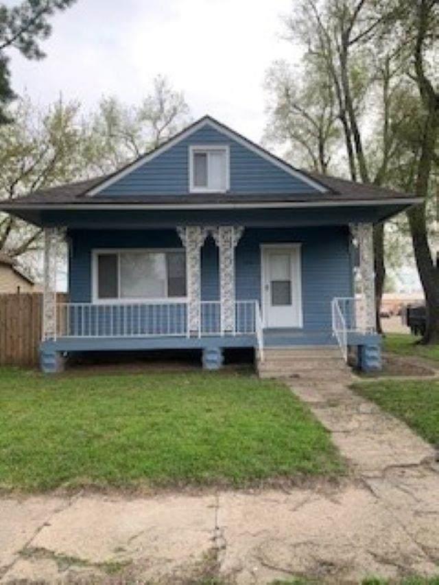 1501 NE Atchison Ave, Topeka, KS 66616 (MLS #218481) :: Stone & Story Real Estate Group