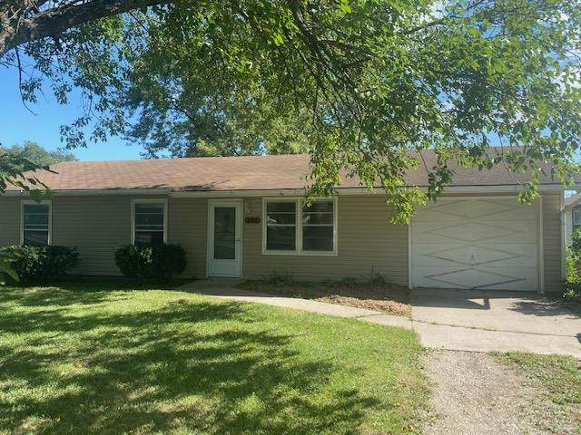 202 Locust St, Americus, KS 66801 (MLS #220367) :: Stone & Story Real Estate Group