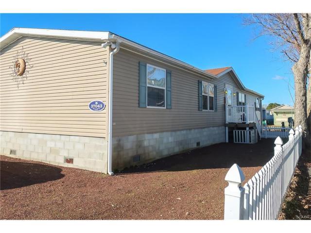 37043 Blue Bill Drive, Selbyville, DE 19975 (MLS #726955) :: Barrows and Associates