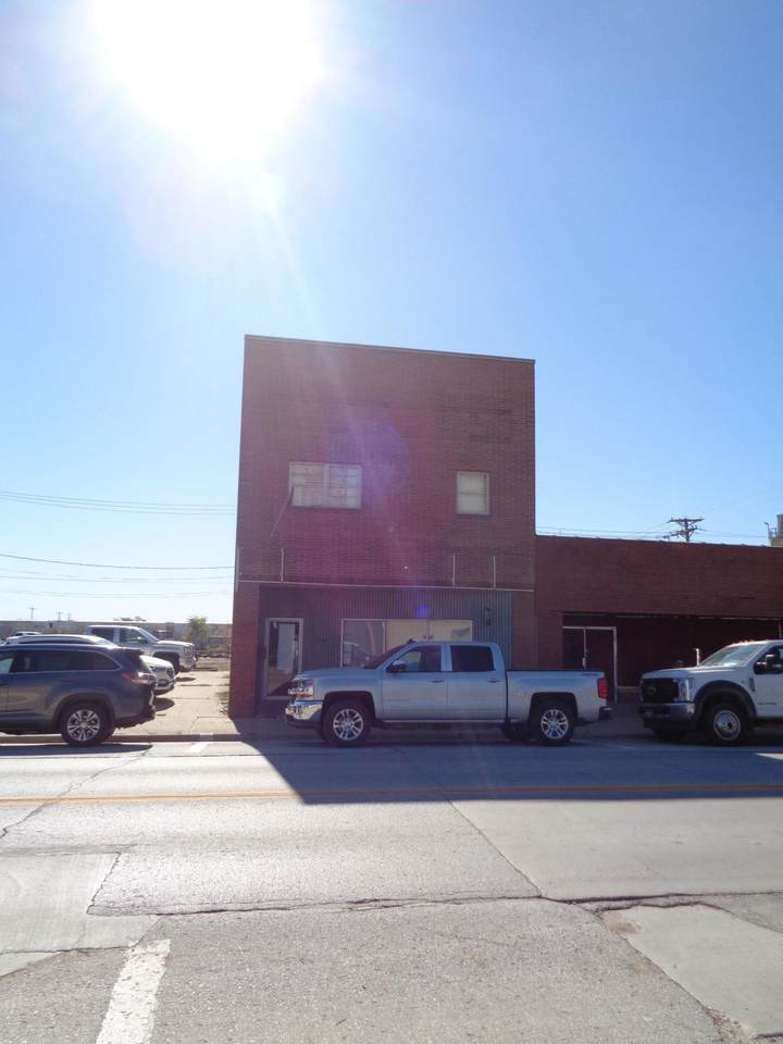 206 Erie Street - Photo 1