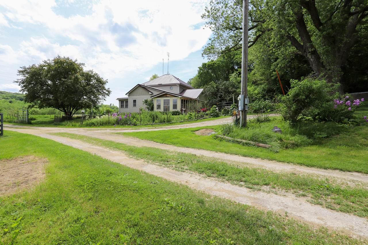 2163 Easton Trail - Photo 1