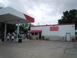 720 Iowa Avenue - Photo 2