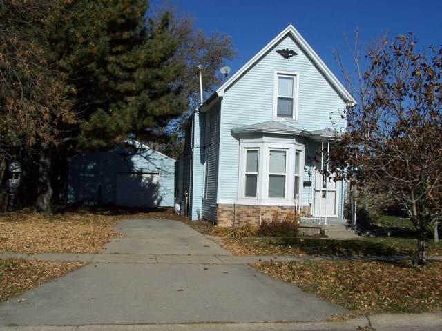 1816 Ave C, COUNCIL BLUFFS, IA 51501 (MLS #19-2356) :: Stuart & Associates Real Estate Group