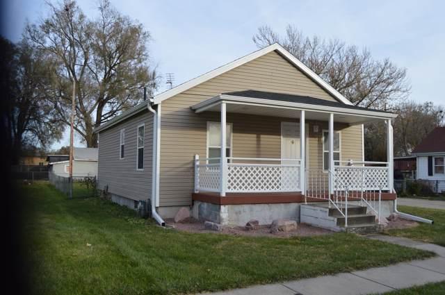 2111 S 13TH Street, COUNCIL BLUFFS, IA 51501 (MLS #19-2366) :: Stuart & Associates Real Estate Group