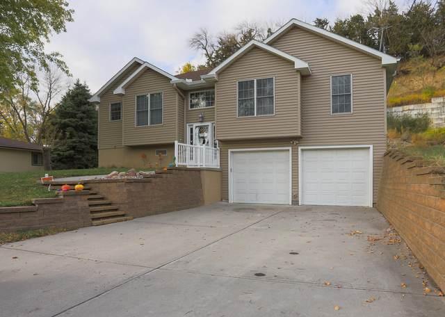 208 E Welch Street, CRESCENT, IA 51526 (MLS #20-2157) :: Stuart & Associates Real Estate Group