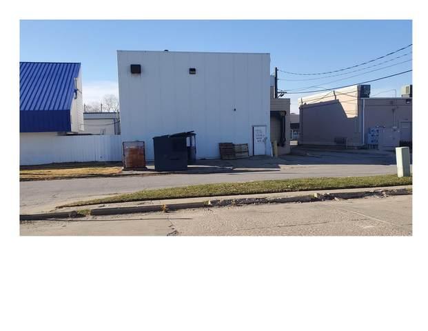 16 S 15TH Street, COUNCIL BLUFFS, IA 51501 (MLS #20-2389) :: Berkshire Hathaway Ambassador Real Estate