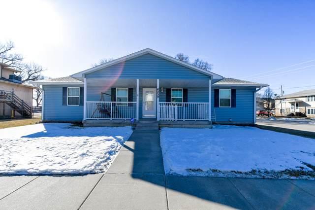 4059 Ave C, COUNCIL BLUFFS, IA 51501 (MLS #20-240) :: Stuart & Associates Real Estate Group