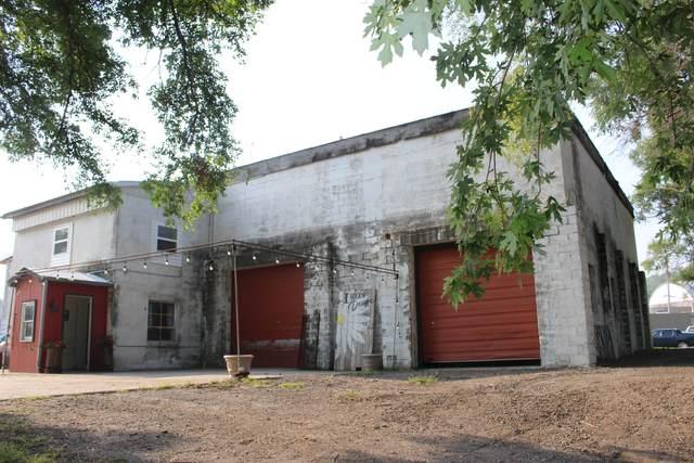 107 1/2 S 7TH Street, Ashland, NE 68003 (MLS #21-1566) :: Berkshire Hathaway Ambassador Real Estate