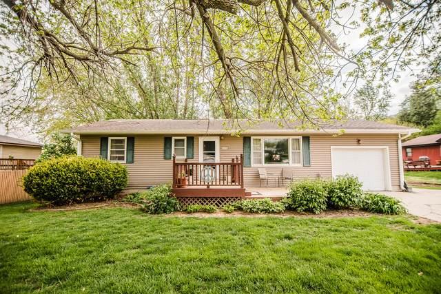 807 5TH Street, GLENWOOD, IA 51534 (MLS #21-771) :: Berkshire Hathaway Ambassador Real Estate