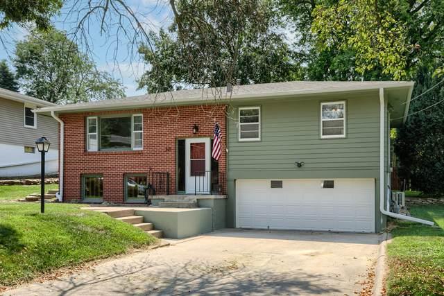 321 S Sierra Drive, COUNCIL BLUFFS, IA 51503 (MLS #21-1487) :: Berkshire Hathaway Ambassador Real Estate
