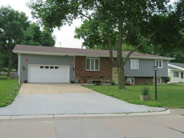 6 Countryside Drive, TREYNOR, IA 51575 (MLS #21-216) :: Berkshire Hathaway Ambassador Real Estate