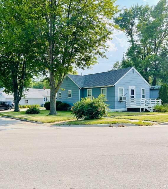 1010 Main Street, GRISWOLD, IA 51535 (MLS #21-1491) :: Berkshire Hathaway Ambassador Real Estate