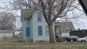 716 S 14TH Avenue, Clinton, IA 52732 (MLS #21-516) :: Berkshire Hathaway Ambassador Real Estate