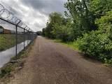2022 Railroad Avenue - Photo 4