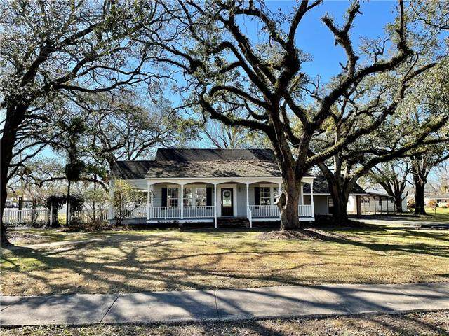 405 N 7th Street, Kinder, LA 70648 (MLS #SWL21000291) :: Robin Realty