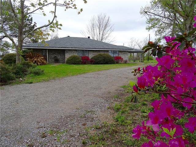 765 E Tank Farm, Lake Charles, LA 70607 (MLS #SWL21000618) :: Robin Realty