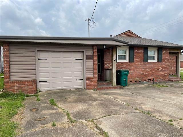 4001 Maplewood Drive - Photo 1