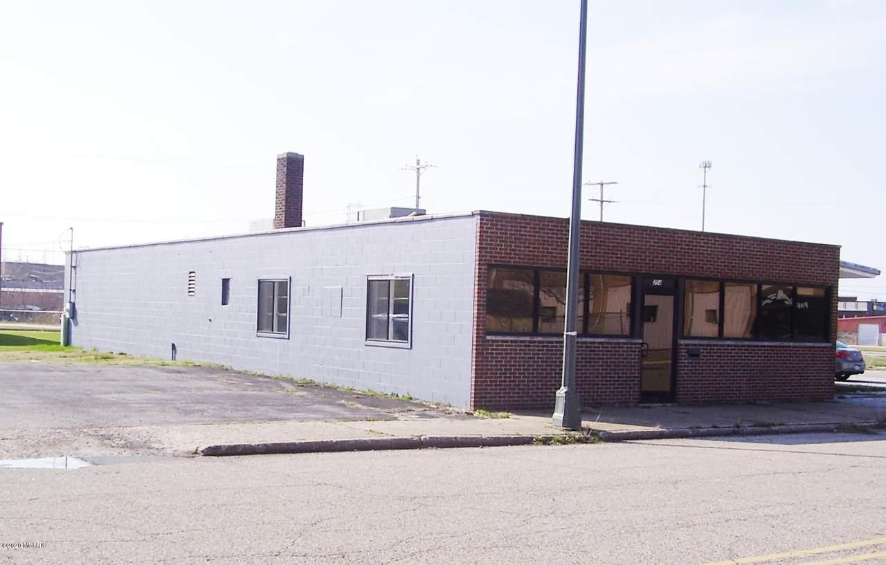 254 Colfax Avenue - Photo 1