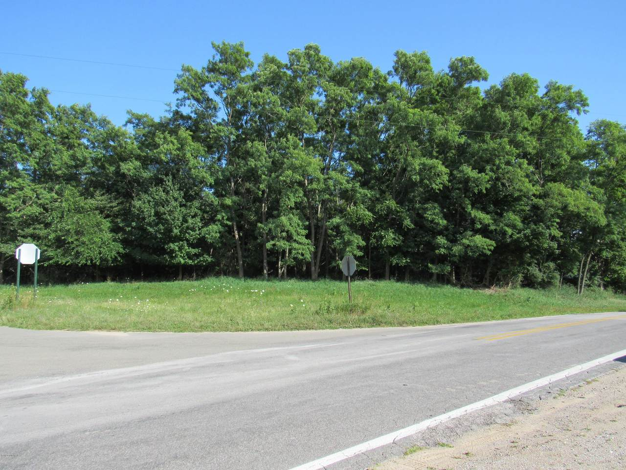 0000 Lakeshore Drive - Photo 1