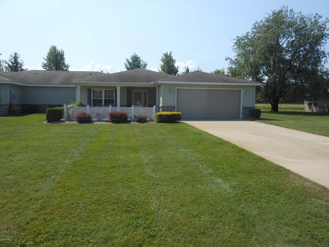 4808 Derby Circle - Photo 1