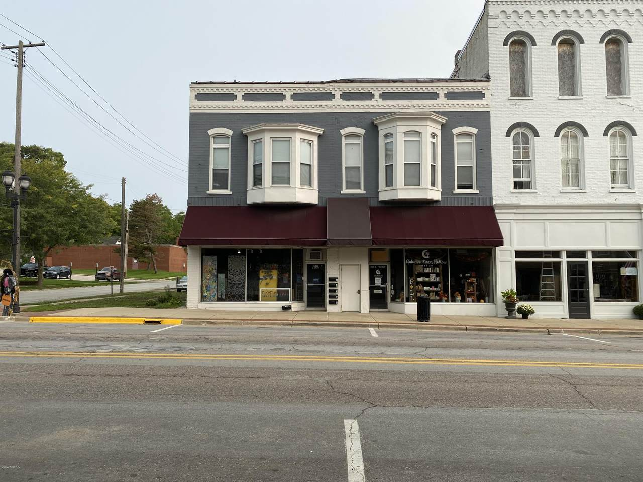 103 Front Street - Photo 1