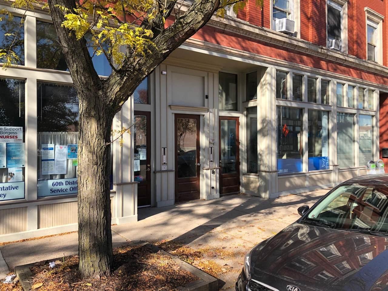 319 Burdick Street - Photo 1