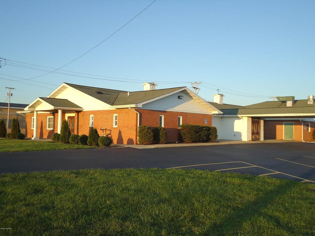 1015 Centerville Road - Photo 1