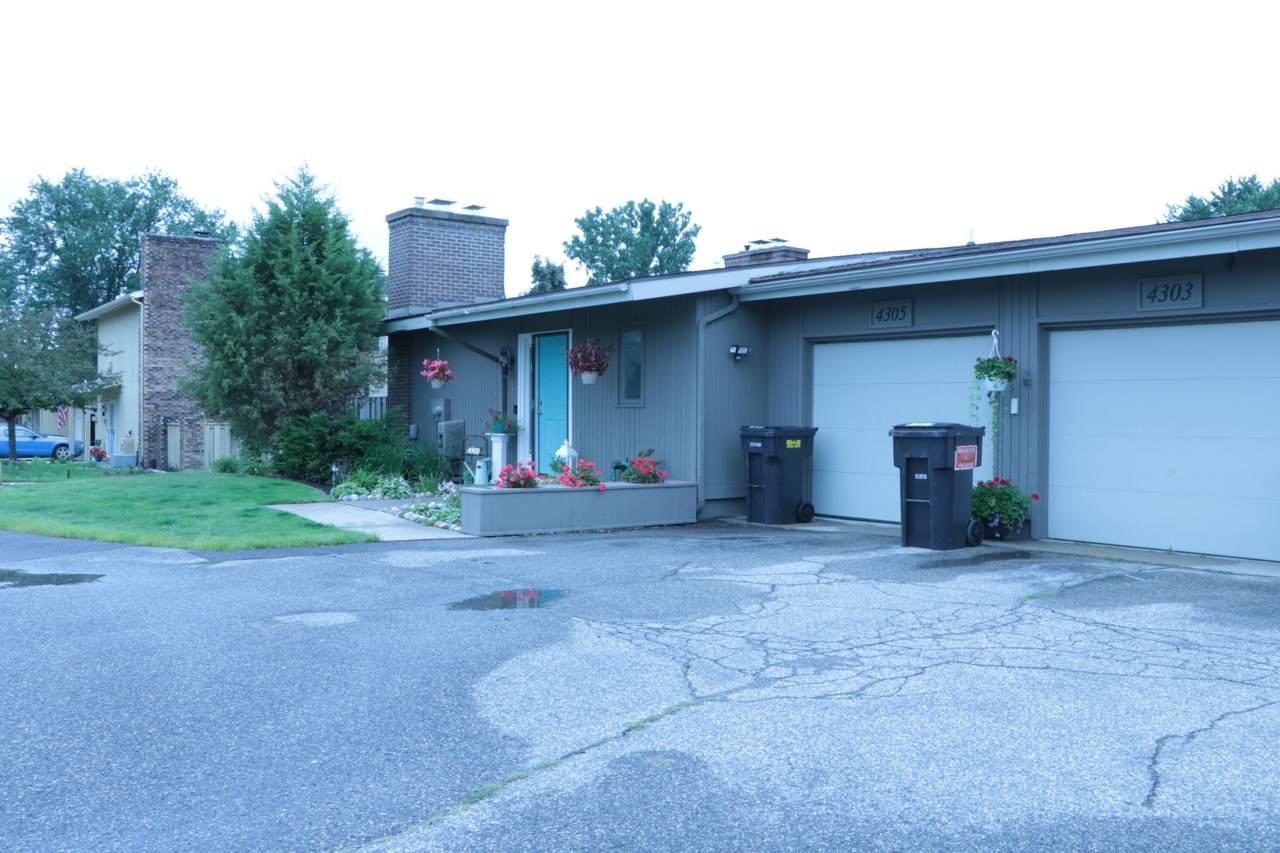 4305 Walnut Hills Drive - Photo 1