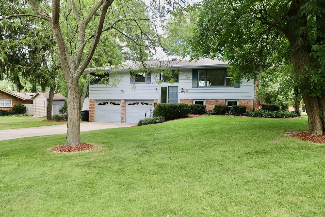 3303 Valley View Drive - Photo 1