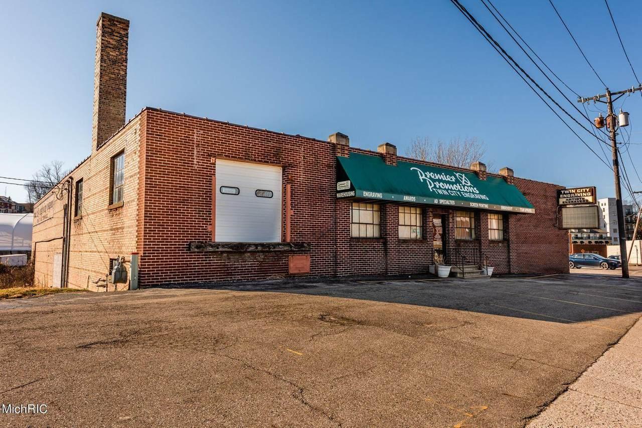 1232 Broad Street - Photo 1