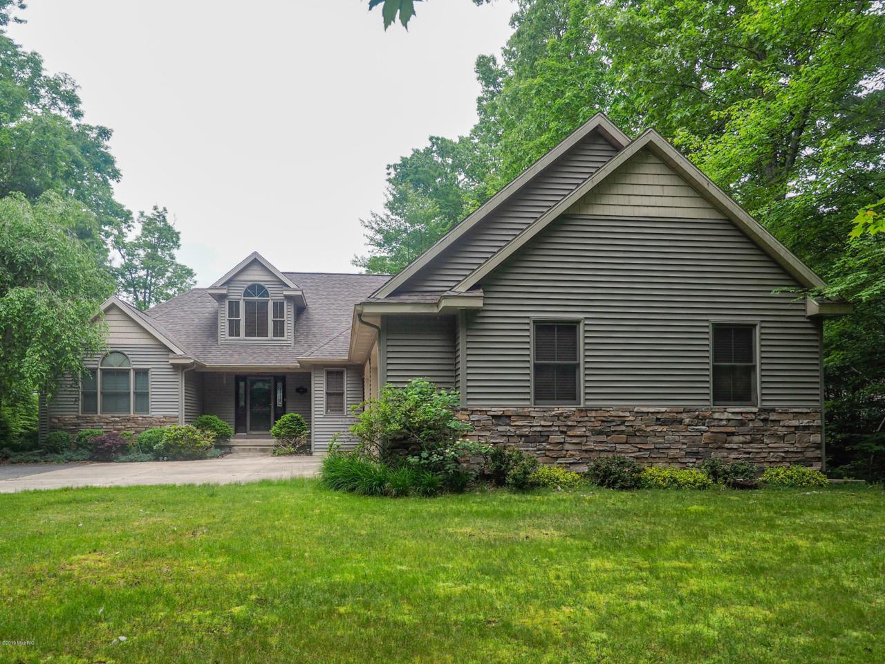 3817 Forest Trail - Photo 1