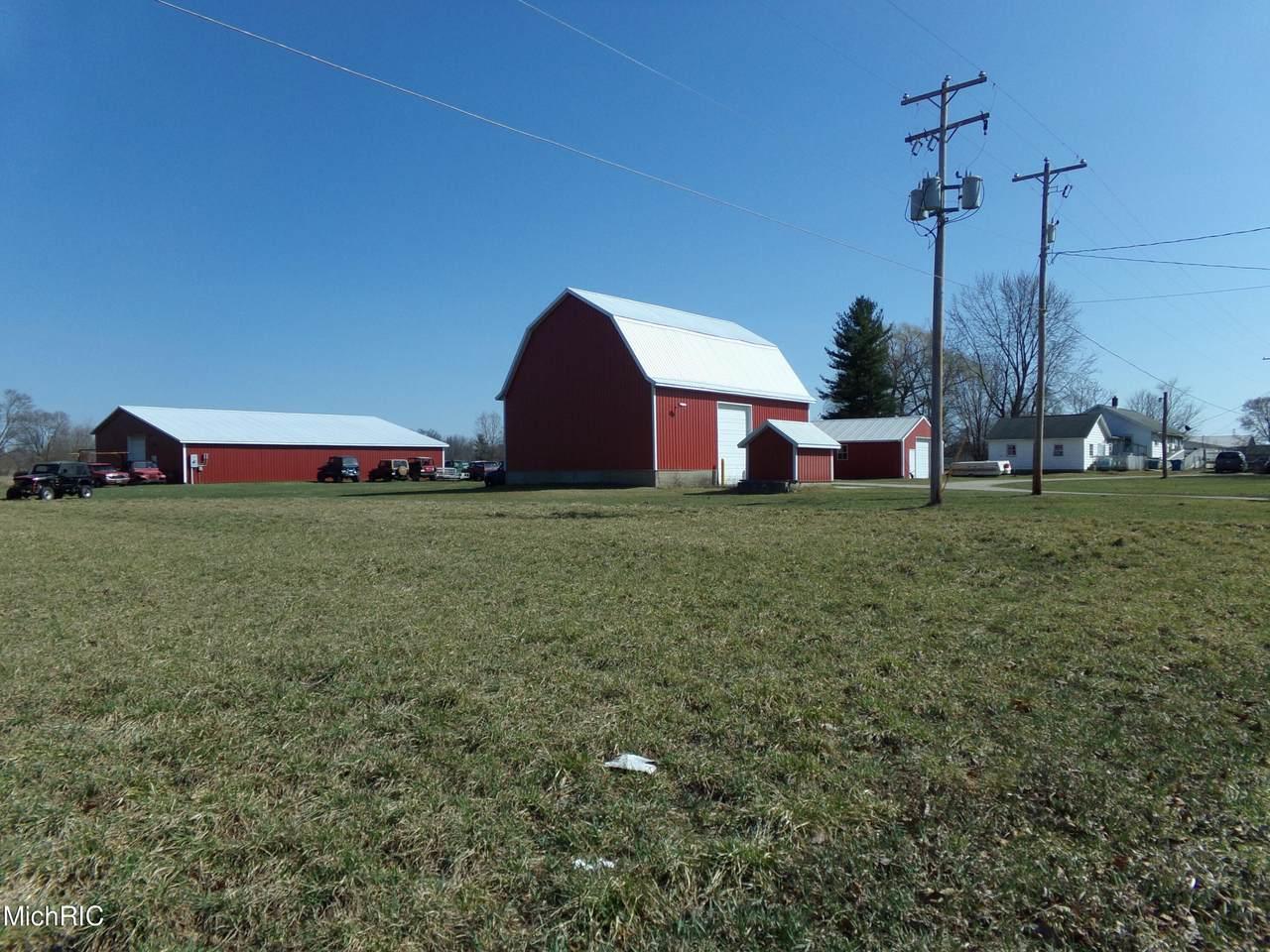13470 White Creek Avenue - Photo 1