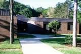 1060 Norton Avenue - Photo 8