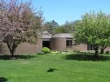 1060 Norton Avenue - Photo 2